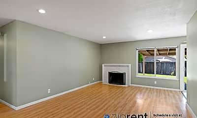 Living Room, 6109 Lean Ave, 1