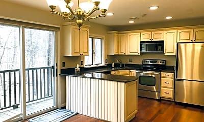 Kitchen, 305 Salem St 411, 1