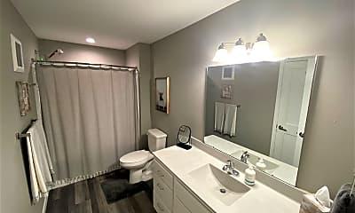 Bathroom, 325 Florence Ave, 2