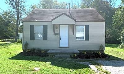 Building, 900 W Kerr St, 0