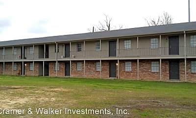Building, 425 S Archie St, 1
