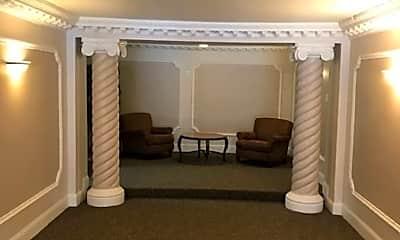 Living Room, 2341 Chestnut St, 2