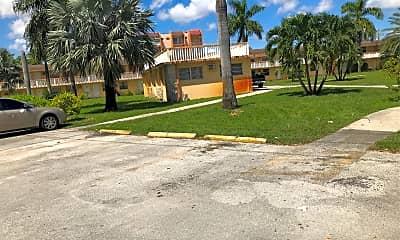 Marshall Apartments, 2