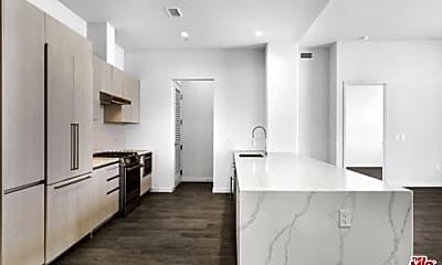 Kitchen, 2435 S Sepulveda Blvd PH 216, 1