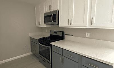 Kitchen, 5112 Oakland St, 0
