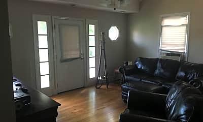 Living Room, 4103 Idaho Ave, 1