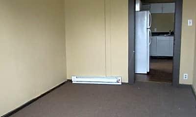 Bedroom, 2806 S Walnut St, 2