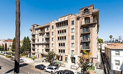 Building, 844 Fedora St, 2