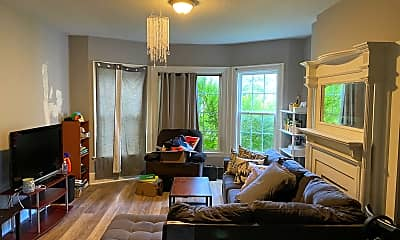 Living Room, 247 W Utica St, 0