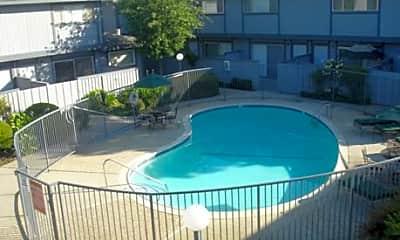 Los Gatos Oaks Apartments, 1