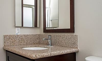 Bathroom, 1324 Elm Ave, 2