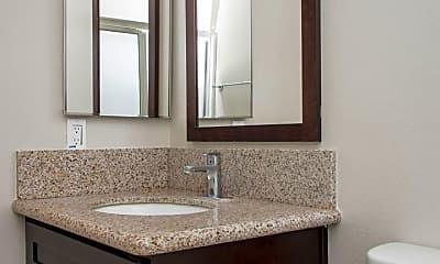 Bathroom, 1324 Elm Ave, 2