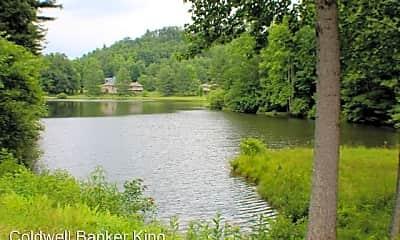 27 Mountain Lake Dr, 1