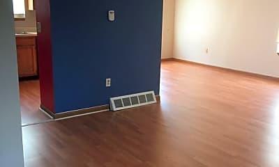 Bedroom, 4659 E 153rd St, 2