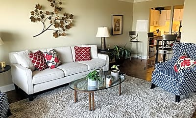 Living Room, 400 Groveland Ave, 0
