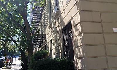 John and Carroll Kowal House, 2