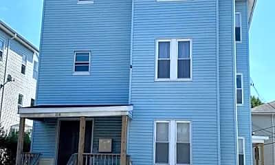 Building, 114 Endicott St, 2