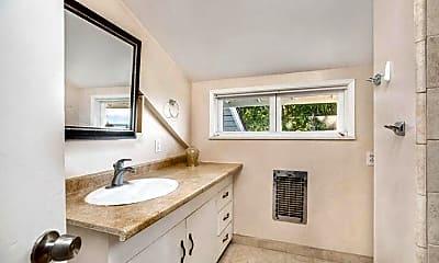 Bathroom, 2339 Edgewater Way, 2