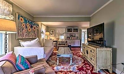 Living Room, 25 Apple Ln, 1