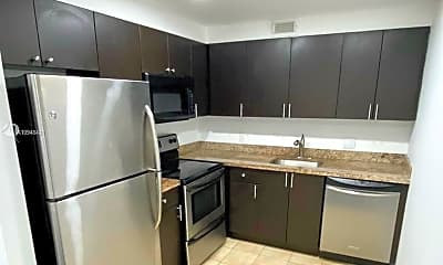 Kitchen, 251 SW 132nd Way 412H, 0