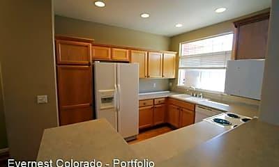 Kitchen, 1425 S Dayton Ct, 1