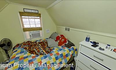 Bedroom, 731 Bluemont Ave, 2