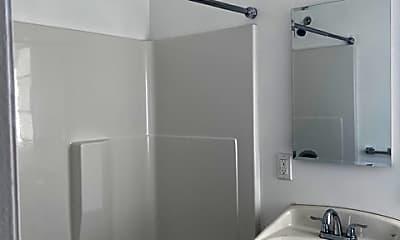 Bathroom, 2936 Honolulu Ave, 1
