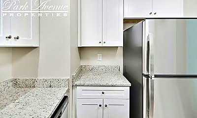 Kitchen, 2312 Kilborne Dr, 2