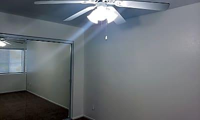 Bedroom, 15166 Sequoia St, 2