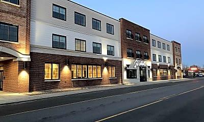 Building, 945 Kenmore Avenue Apartments, 2