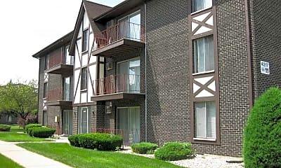 Building, Crestline Villa Apartments, 0