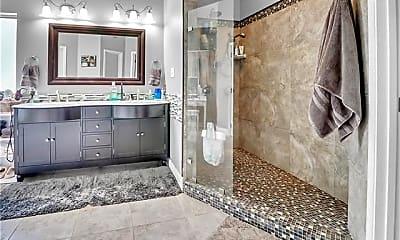 Bathroom, 320 Autumn Lakes Rd, 2