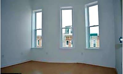 Living Room, 445 E Fort Ave B, 2