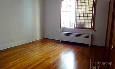 Living Room, 45 E 78th St, 1