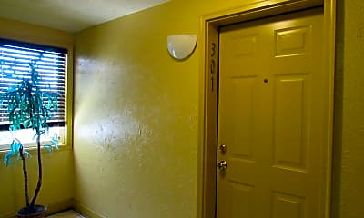 Bathroom, 3876 9th St SE 301, 1
