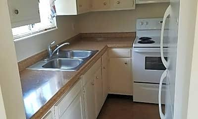 Kitchen, 120 Riverside Ct, 0