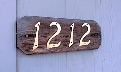 Building, 1212 NE Mariners Loop, 1