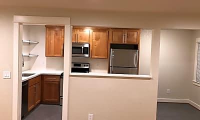 Kitchen, 3931 N Juneau St, 0