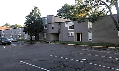 Peppertree Apts, 2