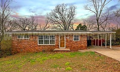 Building, 1808 N Mississippi St, 2