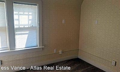 Bathroom, 506 N Cascade Ave, 2