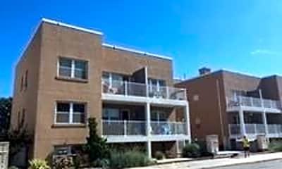 Building, 255 W Broadway 202, 0