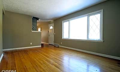 Living Room, 6525 N 40th St, 1