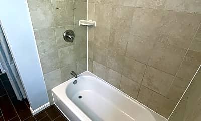 Bathroom, 5200 Darien Rd, 1
