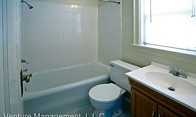 Bathroom, 650 16th St, 2