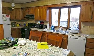 Kitchen, 15 Cresthill Rd, 1