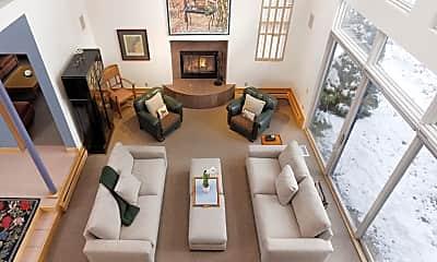 Living Room, 401 W Francis St, 2