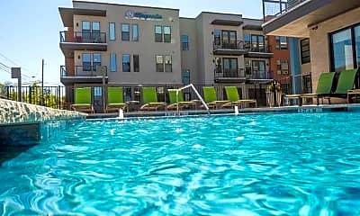 Pool, Magnolia Lakewood, 1