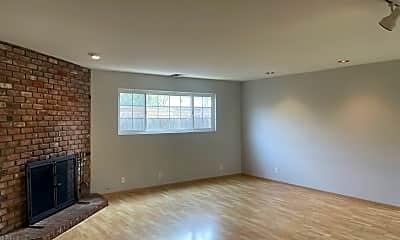 Living Room, 2118 San Anseline Ave, 1