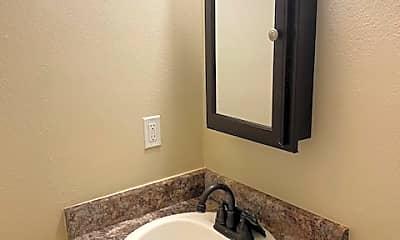 Bathroom, 421 E Rose St, 0